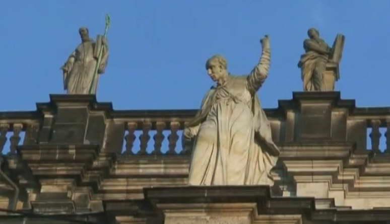 Цены на памятники орел а какая решка ритуальный памятник цена Муром